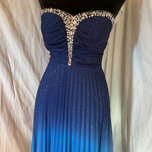 Xtraordinary Gown